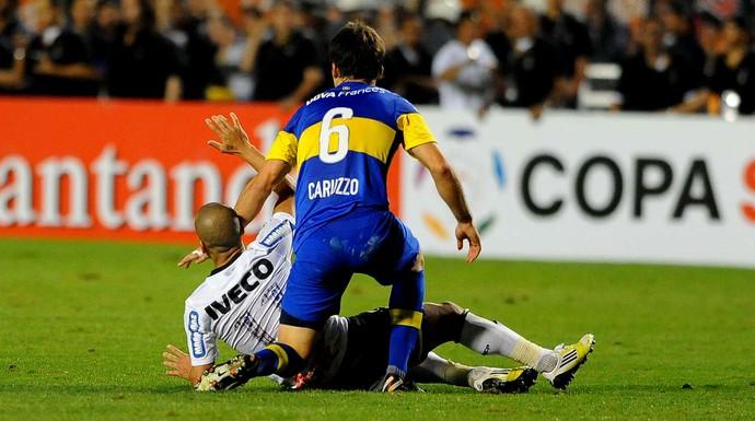 Emerson Corinthians Caruzo Boca juniors (Foto: Marcos Ribolli / Globoesporte.com)
