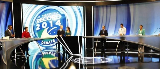 Esquenta o clima entre os candidatos a presidente (Foto: Fernando Donasci / O Globo)