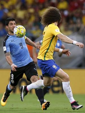 Suarez David Luiz Brasil x Uruguai
