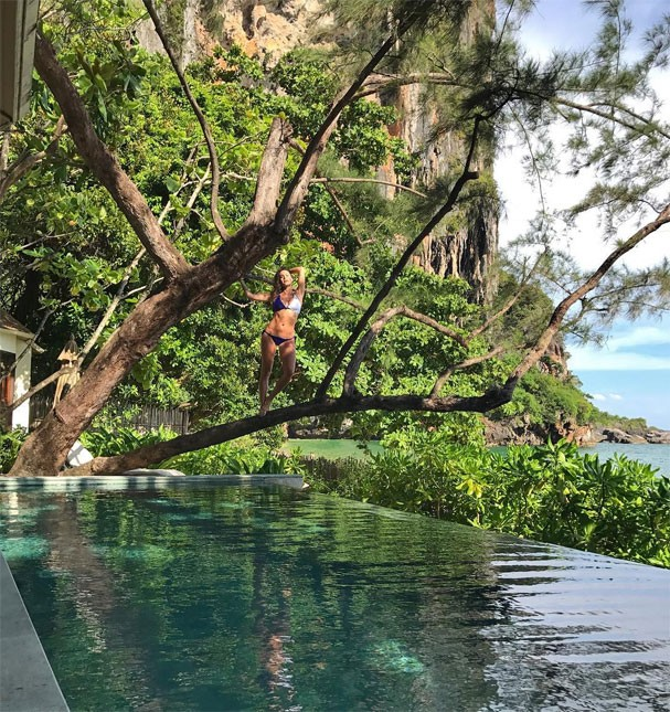 Thaila Ayala em viagem à Tailândia (Foto: Reprodução/Instagram)