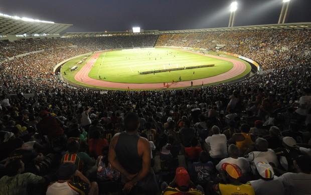 Estádio Castelão lotado pela torcida do Sampaio (Foto: Biaman Prado/O Estado)