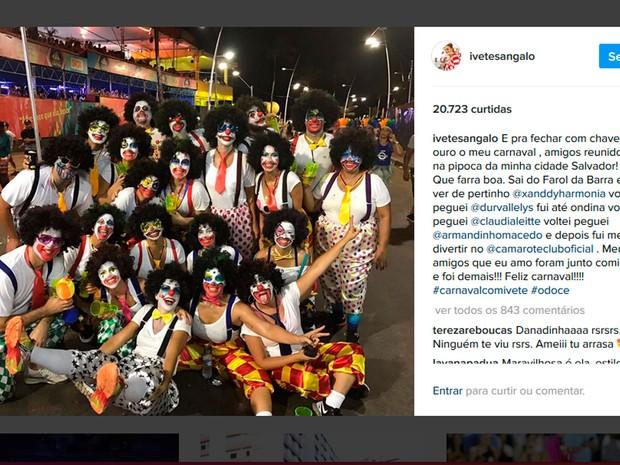 Ivete se disfarça usando fantasia e curte o carnaval de Salvador na pipoca (Foto: Reprodução/Instagram)