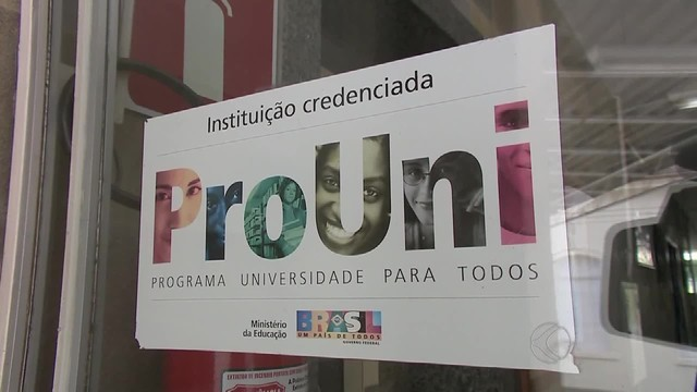 Prouni oferece 213 mil bolsas em faculdades particulares (Foto: Reprodução/TV Integração)