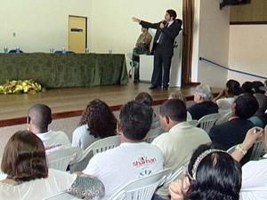 Forúm sobre drogas em Araxá (Foto: Reprodução/TV Integração)