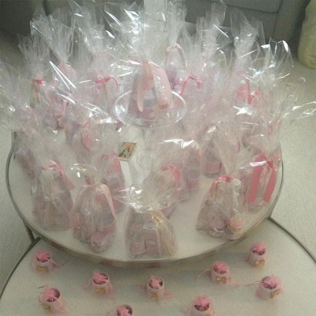 Lembrancinhas distribuídas na maternidade (Foto: May Biolli)