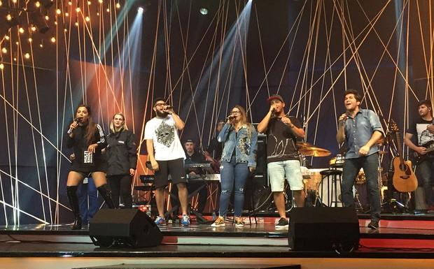 Música Boa Ao Vivo - Henrique & Juliano, Marília Mendonça e Daniel