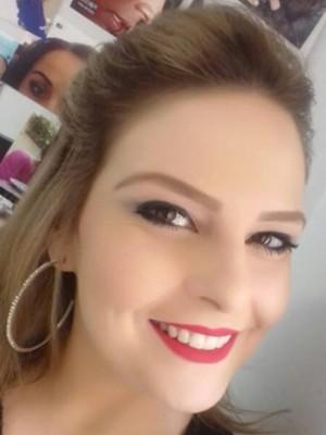 Maquiadora de 33 anos morreu afogada em Bandeira do Sul (MG) (Foto: Reprodução/Redes Sociais)