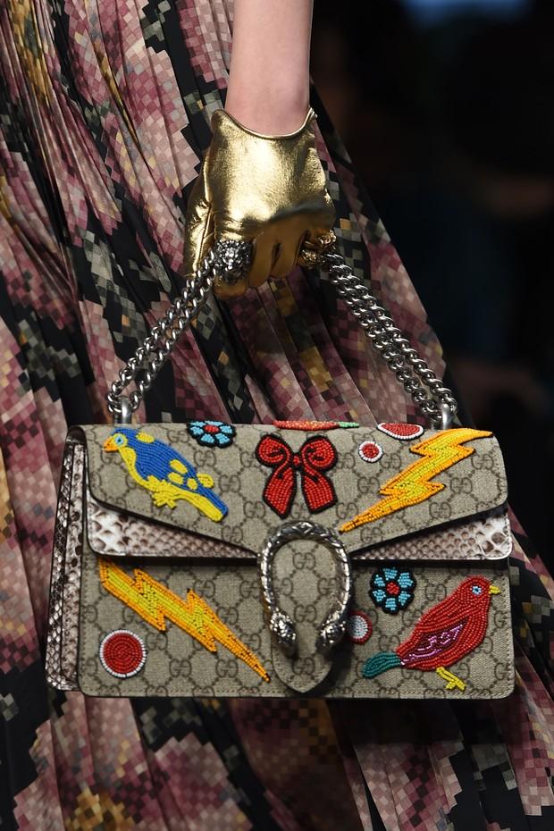Desfile da Gucci em Milão apostou no patche (Foto: Getty Images)