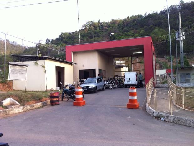 Motim de Presídio de Fabriciano foi registrado durante a noite de terça-feira (3) (Foto: Welington Silveira / Inter Tv dos Vales )