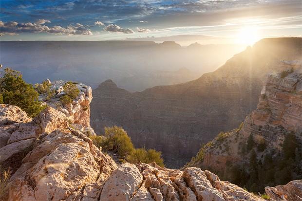 O instante memorável que o sol nasce atrás do Grand Canyon (Foto: Fernando Zequinão)