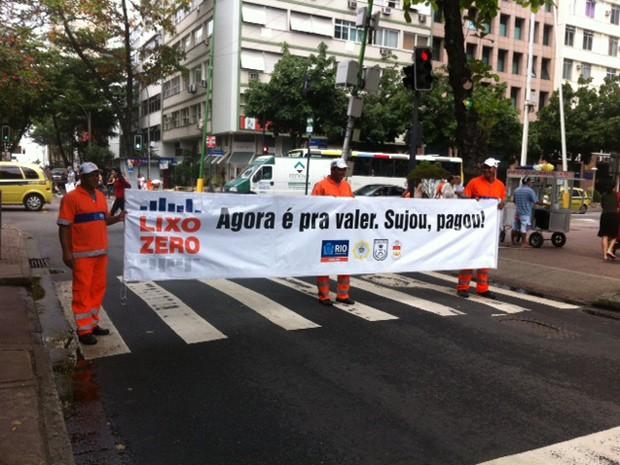 Programa Lixo Zero chegou as ruas e orlas de Ipanema, Lagoa e Leblon  (Foto: Alba Valéria Mendonça/G1)