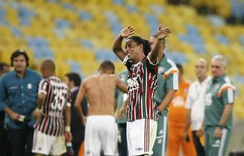 Roger Flores pede Ronaldinho mais atrás e diz que estreia lhe dá confiança