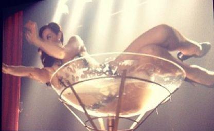 Claudia Raia em cena de 'Salve Jorge' (Foto: Reprodução)