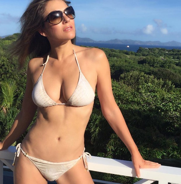 Elizabeth Hurley (Foto: Reprodução / Instagram)