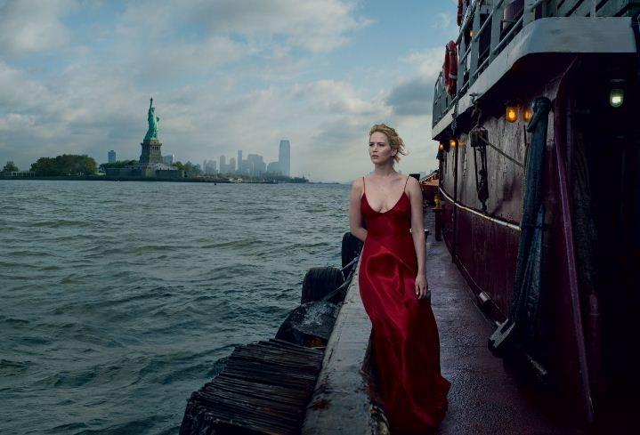 Jennifer Lawrence é a estrela da September Issue da Vogue americana 2017 (Foto: Divulgação)