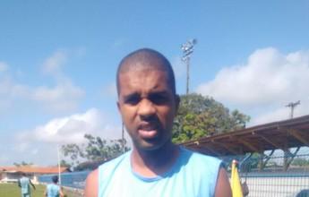 Leandro sai da lateral e vai para o meio campo no São Paulo-AP
