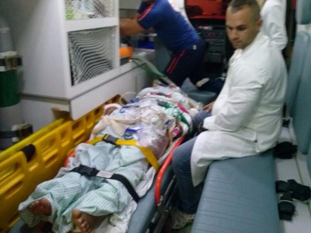 Professora sofreu ferimentos graves (Foto: Francisco Rocha/G1)