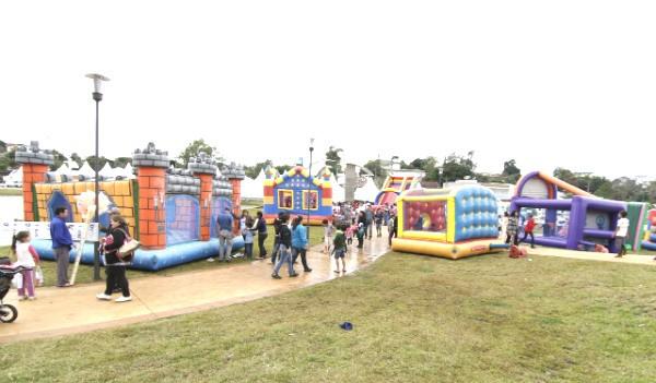 Estrutura foi montada em parque de Dionísio Cerqueira (Foto: Marcelo Borges/Divulgação)