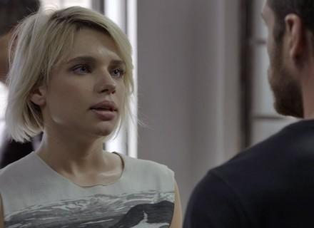 Belisa se entrega para a polícia e faz exigência desesperada a Dante