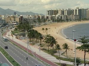 Praia de Camburi, Vitória (Foto: Reprodução/TV Gazeta)