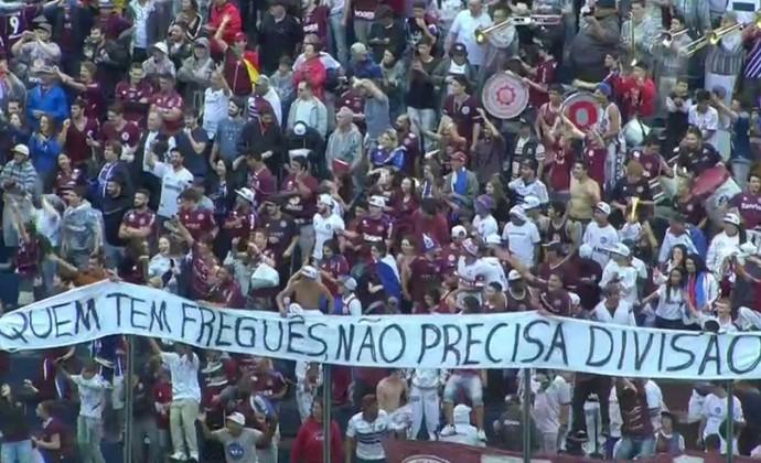 Faixa Caxias x Juventude (Foto: Reprodução/Premiere)