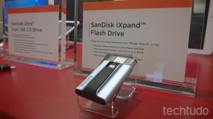 iXpand (Foto: Elson de Souza/TechTudo)