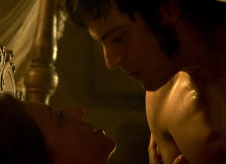 Rubião e Anita têm encontro quente