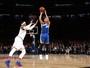 Curry faz marca histórica nos 3 pontos, Warriors batem Knicks e se recuperam