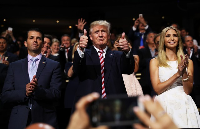 Donald Trump Jr., Donald Trump e Ivanka Trump (Foto: Getty Images)