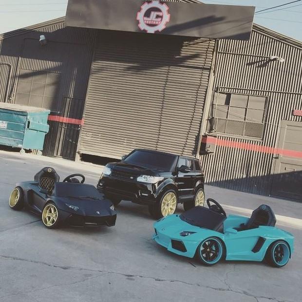 Chris Brown cria replicas de seus carros para a filha (Foto: Instagram / Reprodução)