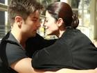 Carol Castro sugere que casório pode rolar em 2014: 'Talvez seja de repente'