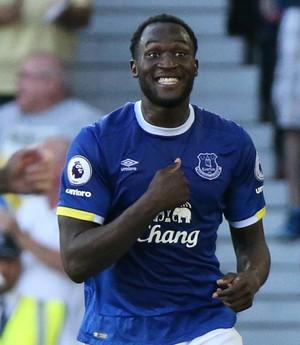 Lukaku comemora gol do Everton (Foto: Reuters / Scott Heppell )