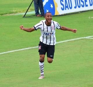 Rafael Castro Corinthians gol Sub-20 TR São José Martins Pereira (Foto: Danilo Sardinha/GloboEsporte.com)