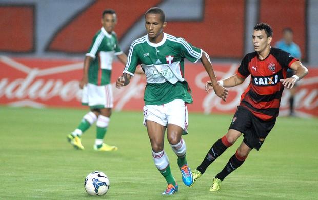 Caio jogo Vitória x Palmeiras (Foto: Romildo de Jesus / Futura Press)