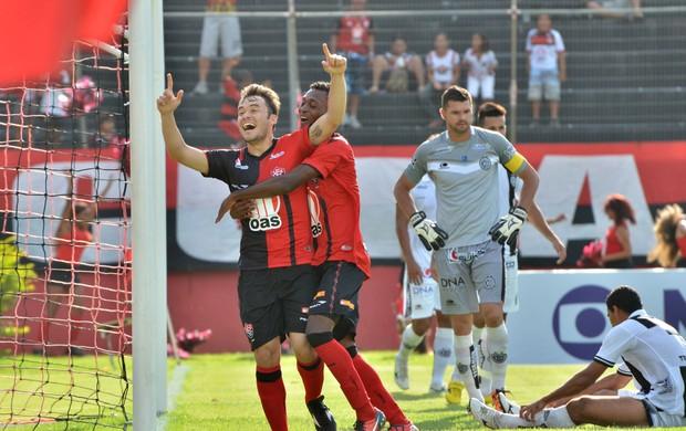Renato Cajá gol vitória (Foto: Erik Salles / Ag. Estado)