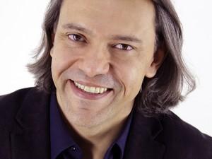 Maestro Silvio Viegas, novo regente da Orquestra Sinfônica de Minas Gerais.  (Foto: Paulo Lacerda/Divulgação )