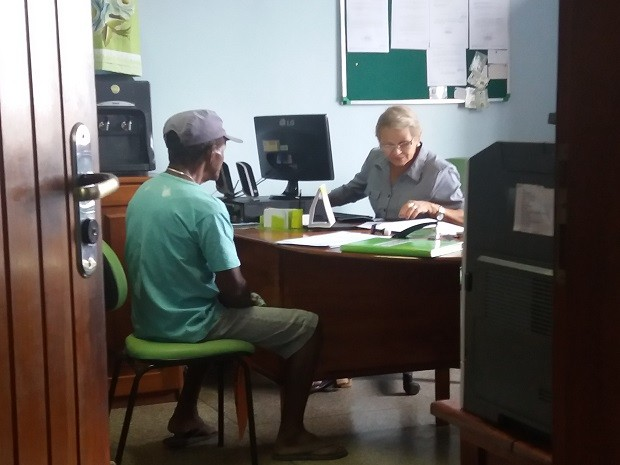 Idoso prestou depoimento na Delegacia de Meio Ambiente, em Macapá (Foto: John Pacheco/G1)