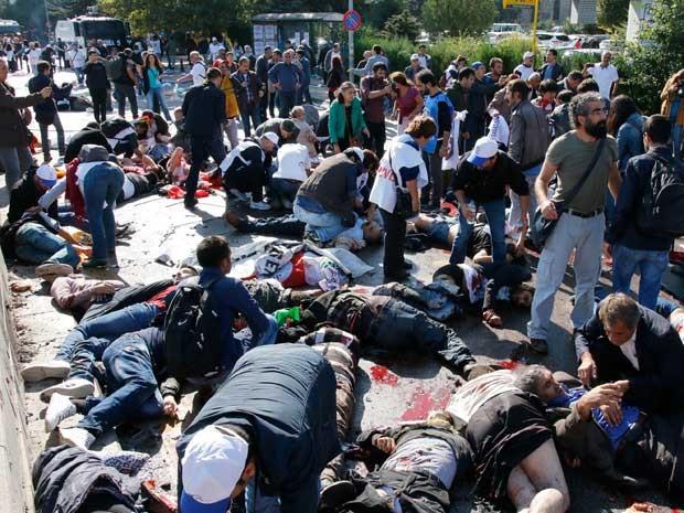 Explosões deixaram centenas de feridos em Ancara (Foto: Fatih Pinar / AFP Photo)