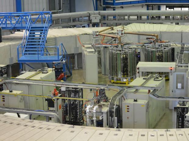 Acelerador de partículas em funcionamento em Campinas (Foto: Roberta Steganha/ G1)