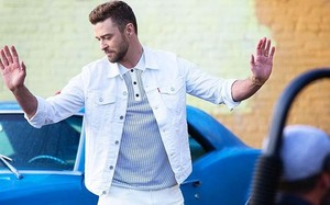 "Justin Timberlake lança clipe oficial de ""Can't Stop The Feeling"""