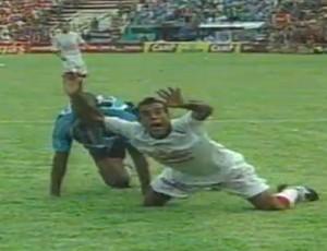 Paulo Matos atacante do Formiga Náutico Batalha dos Aflitos (Foto: Reprodução/SporTV)