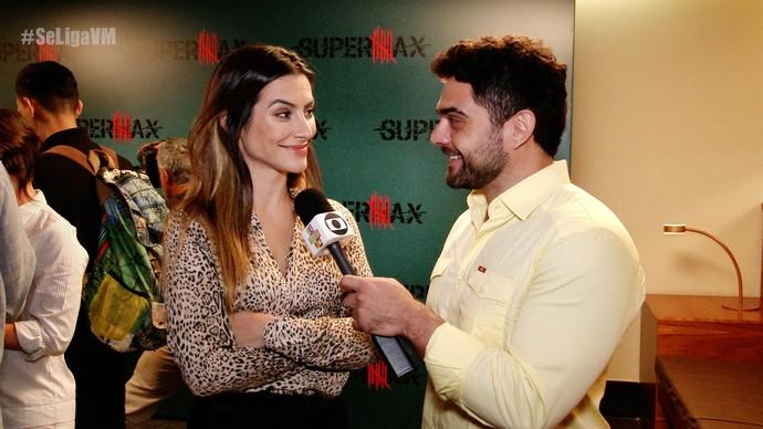 Daniel Viana e Cleo Pires comentam sobre o estilo do personagem da atriz (Foto: Produção / Se Liga VM)