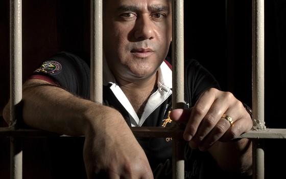 Jarvis Chimenez Pavão, narcotraficante brasileiro, preso na penitenciária de Tacumbu (Foto: Rogério Cassimiro/ÉPOCA)