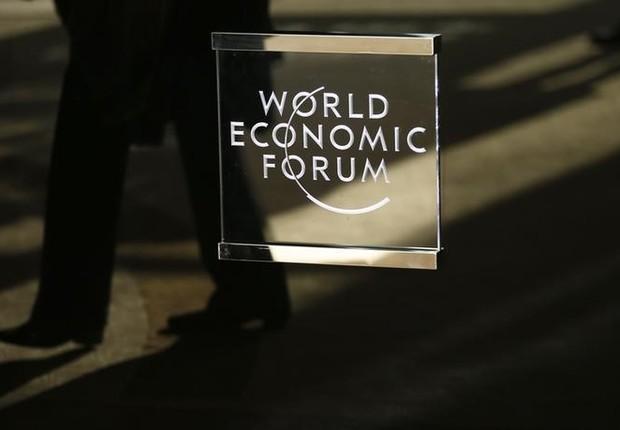 Logo do Fórum Econômico Mundial visto em Davos, Suíça (Foto: Ruben Sprich/Reuters)