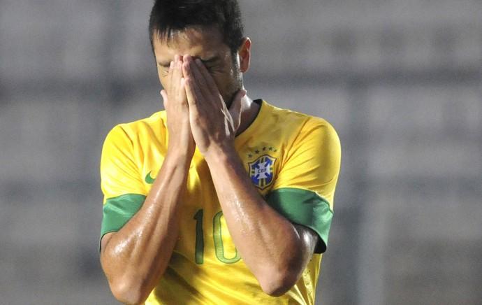Felipe Anderson, Brasil e Peru, Sub-20, AP (Foto: Agência AP)