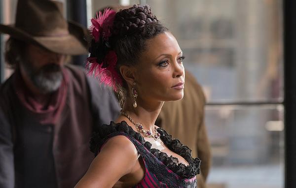 Thandie Newton em cena de 'Westworld' (Foto: Reprodução)