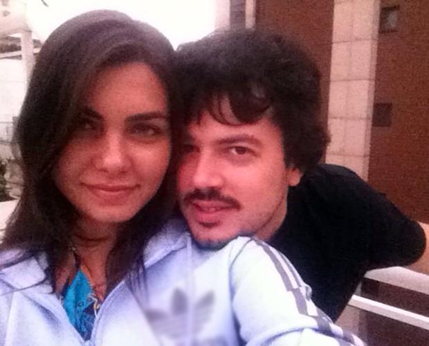 O namorado de Letícia, Bernardo, é sua familia no Rio de Janeiro (Foto: Arquivo Pessoal)