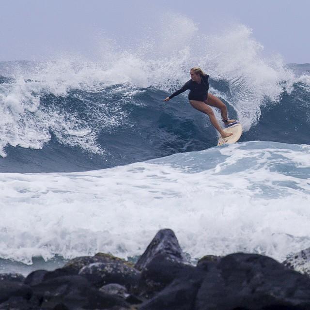 Grávida de sete meses, Bethany Hamilton decide se afastar do surfe para proteger o bebê (Foto: Reprodução/Instagram)
