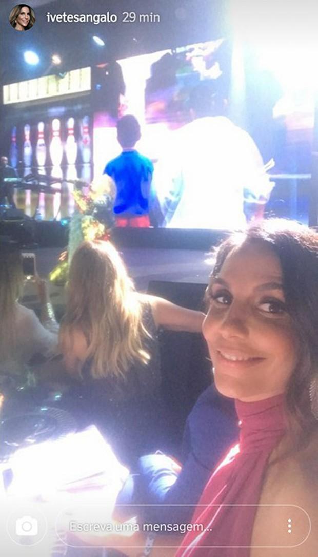 Ivete Sangalo confere show de Madonna no baile de DiCaprio (Foto: Reprodução/Instagram)