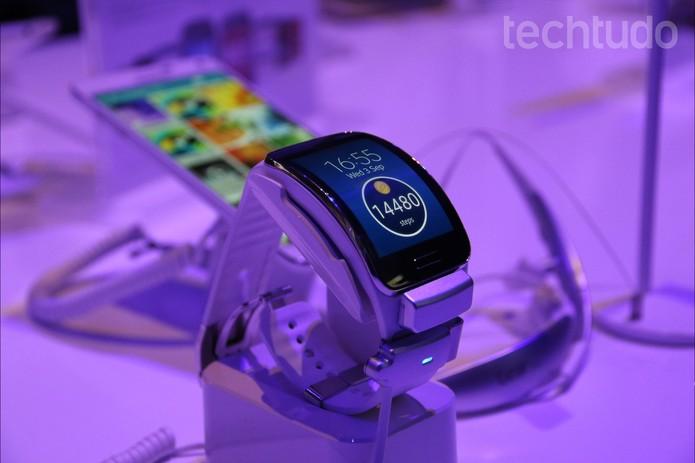 Gear S: o novo smartwatch da Samsung (Foto: Fabricio Vitorino/TechTudo)